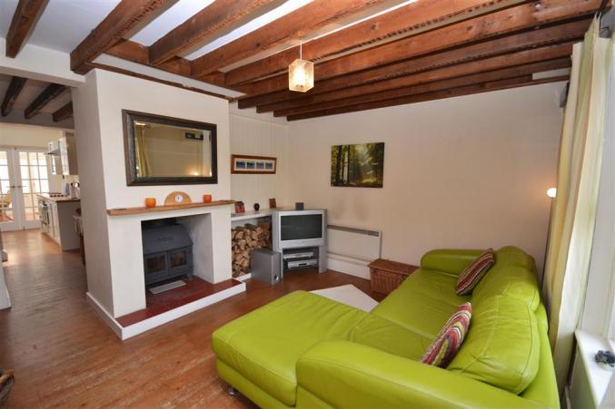 1 Heath View a british holiday cottage for 4 in ,