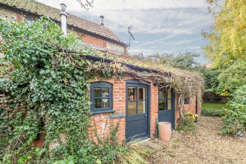 Aviaries Barn a british holiday cottage for 2 in ,