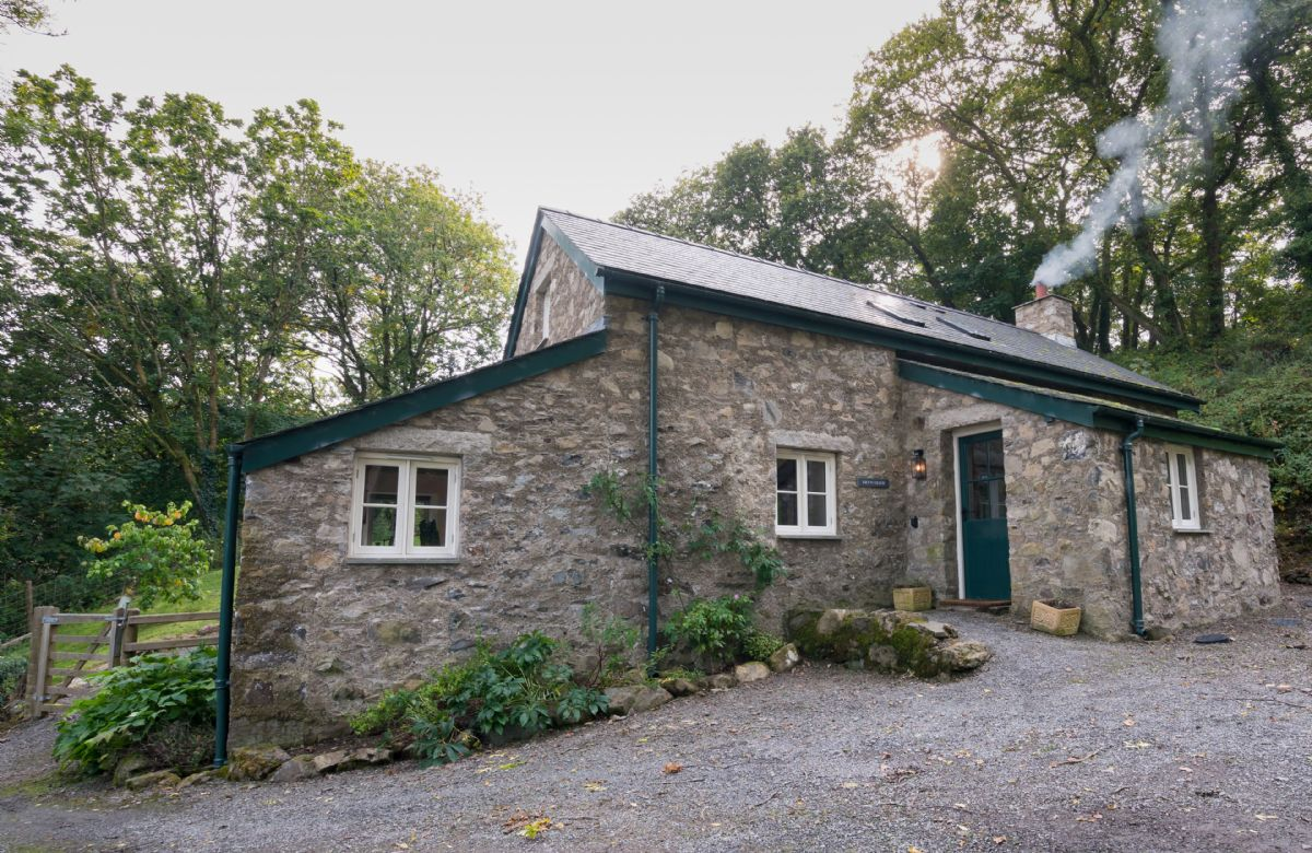 Bryn Derw a british holiday cottage for 4 in ,