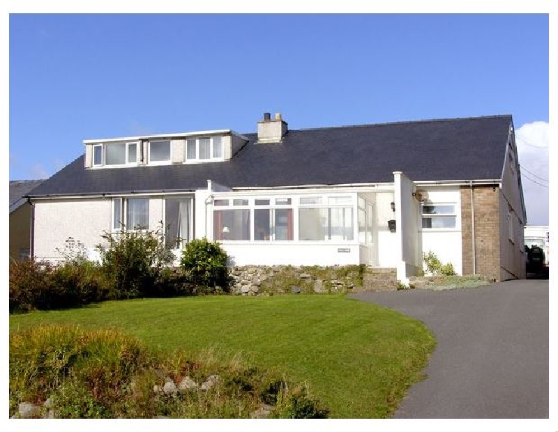 Trem y Mor a british holiday cottage for 6 in ,