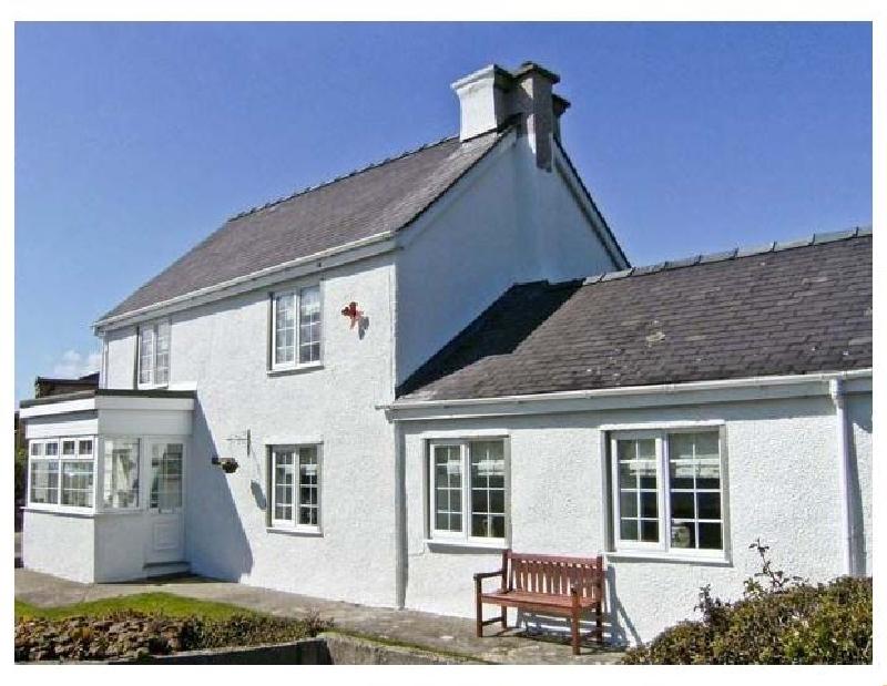 Tyddyn Gyrfa Cottage a british holiday cottage for 6 in ,