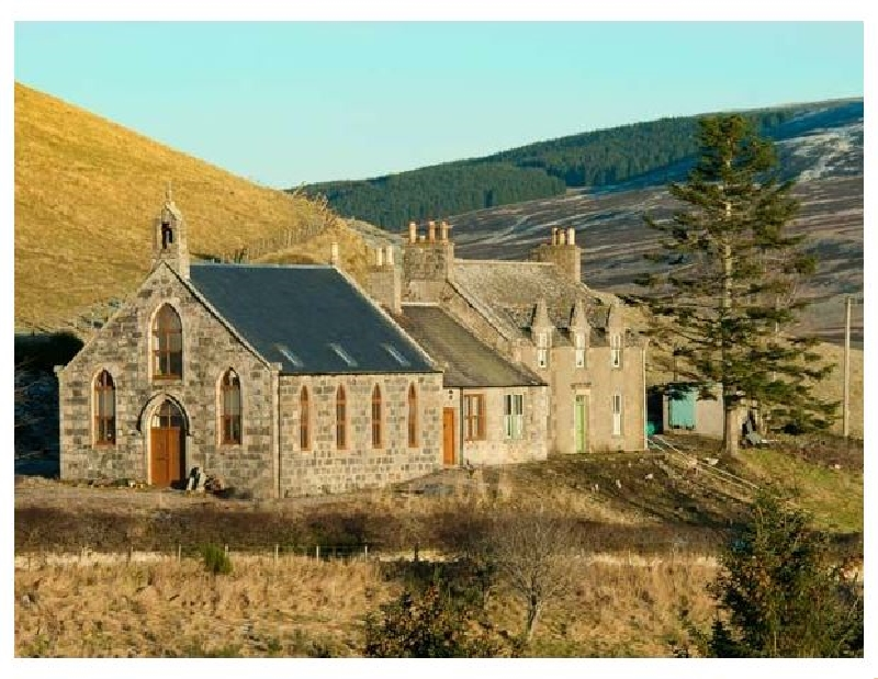 Deveron View a british holiday cottage for 3 in ,