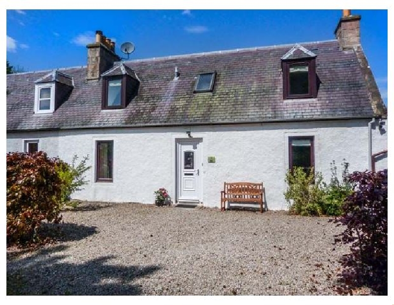 Deskford Cottage a british holiday cottage for 4 in ,