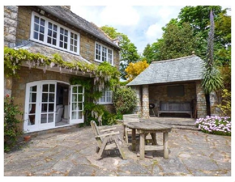 The Dovecote a british holiday cottage for 6 in ,