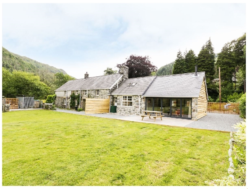Hen Gelligemlyn - The Annexe a british holiday cottage for 5 in ,