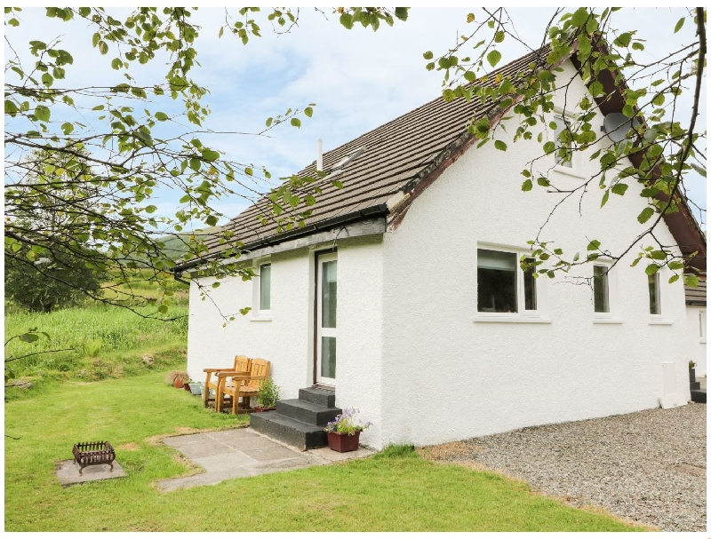 Click here for more about The Auld Tyndrum Cottage