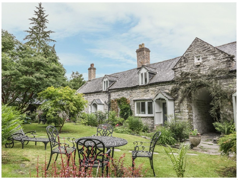 College Cottage a british holiday cottage for 5 in ,