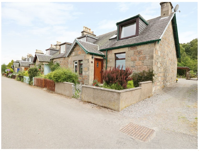 Distillery Cottage a british holiday cottage for 4 in ,