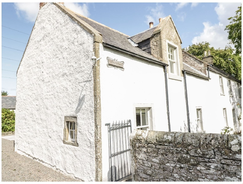 Crosston Farm a british holiday cottage for 8 in ,