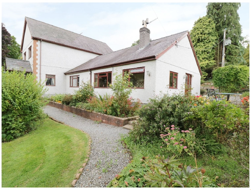 Click here for more about Bro Awelon Cottage