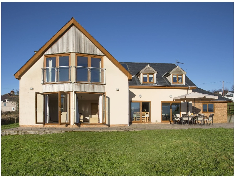Dol Fraint a british holiday cottage for 10 in ,