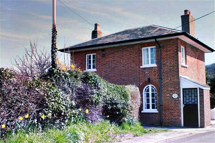 Toll House a british holiday cottage for 4 in ,