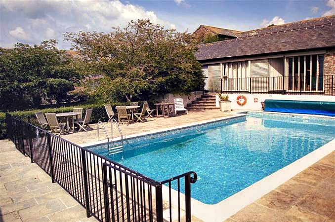 Court Barton Cottage No. 5 a british holiday cottage for 6 in ,