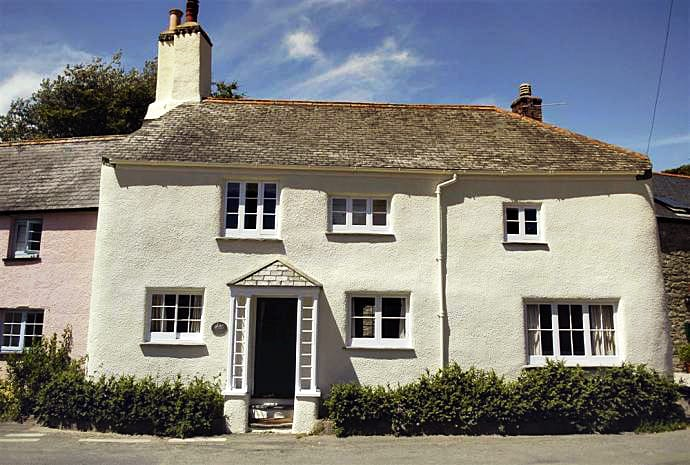 Herons a british holiday cottage for 8 in ,
