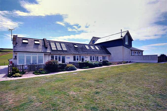 Sea Holly a british holiday cottage for 4 in ,