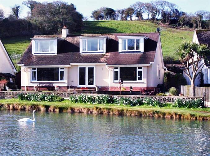 West Haven a british holiday cottage for 9 in ,