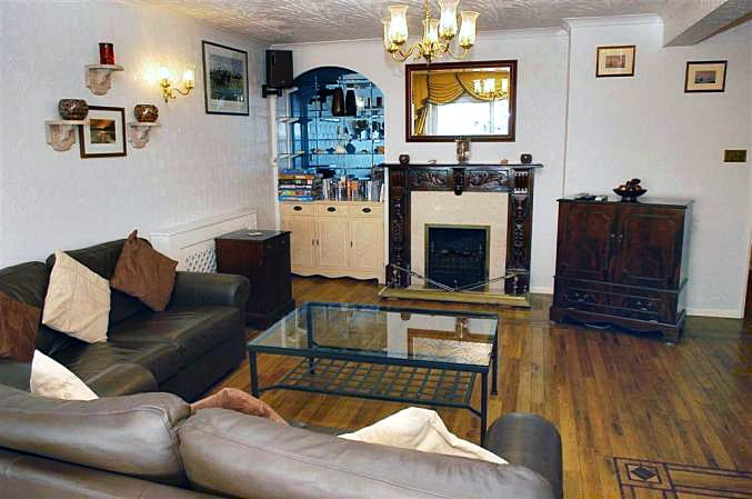 Applegarth a british holiday cottage for 6 in ,