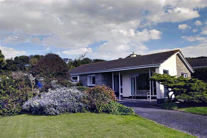 West Winds a british holiday cottage for 6 in ,